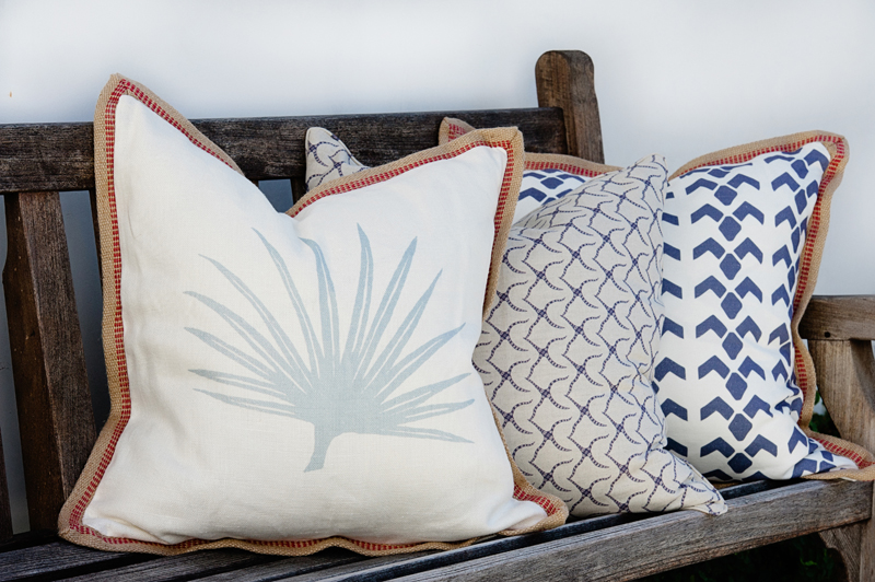 24 IN. x 24 IN. PILLOWS